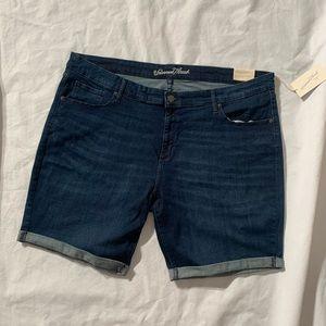 "Universal Thread Size 24W Inseam 9"" Bermuda Shorts"